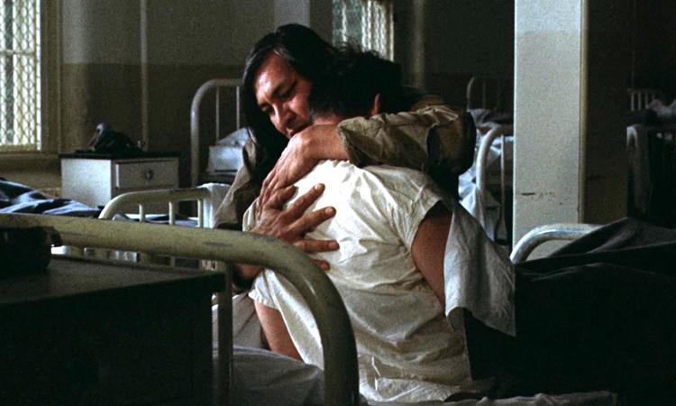 abbracci-cinema-film-cuculo-nicholson