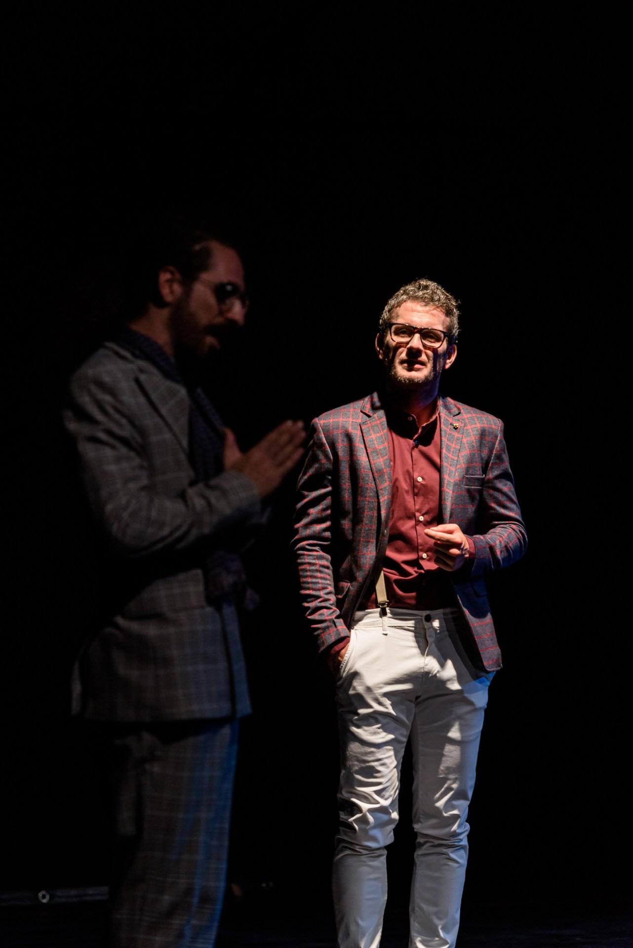 art-Graziano-Sirressi-teatro-tosse