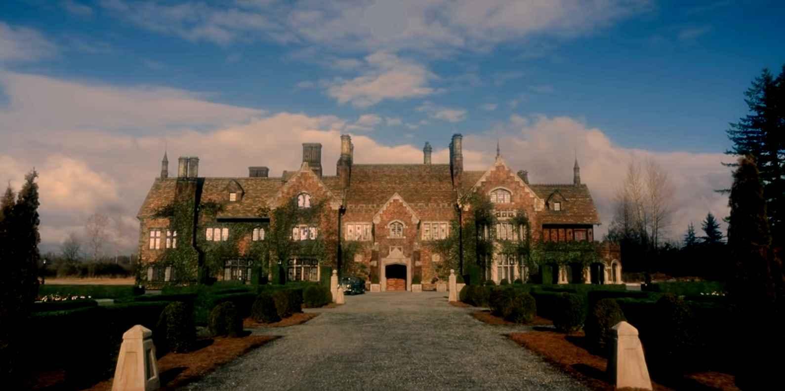 haunting-bly-manor