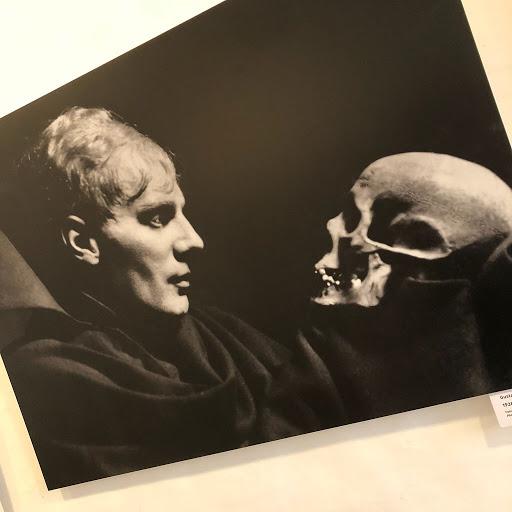 Stanislavskij-principi-arte-attoriale-amleto