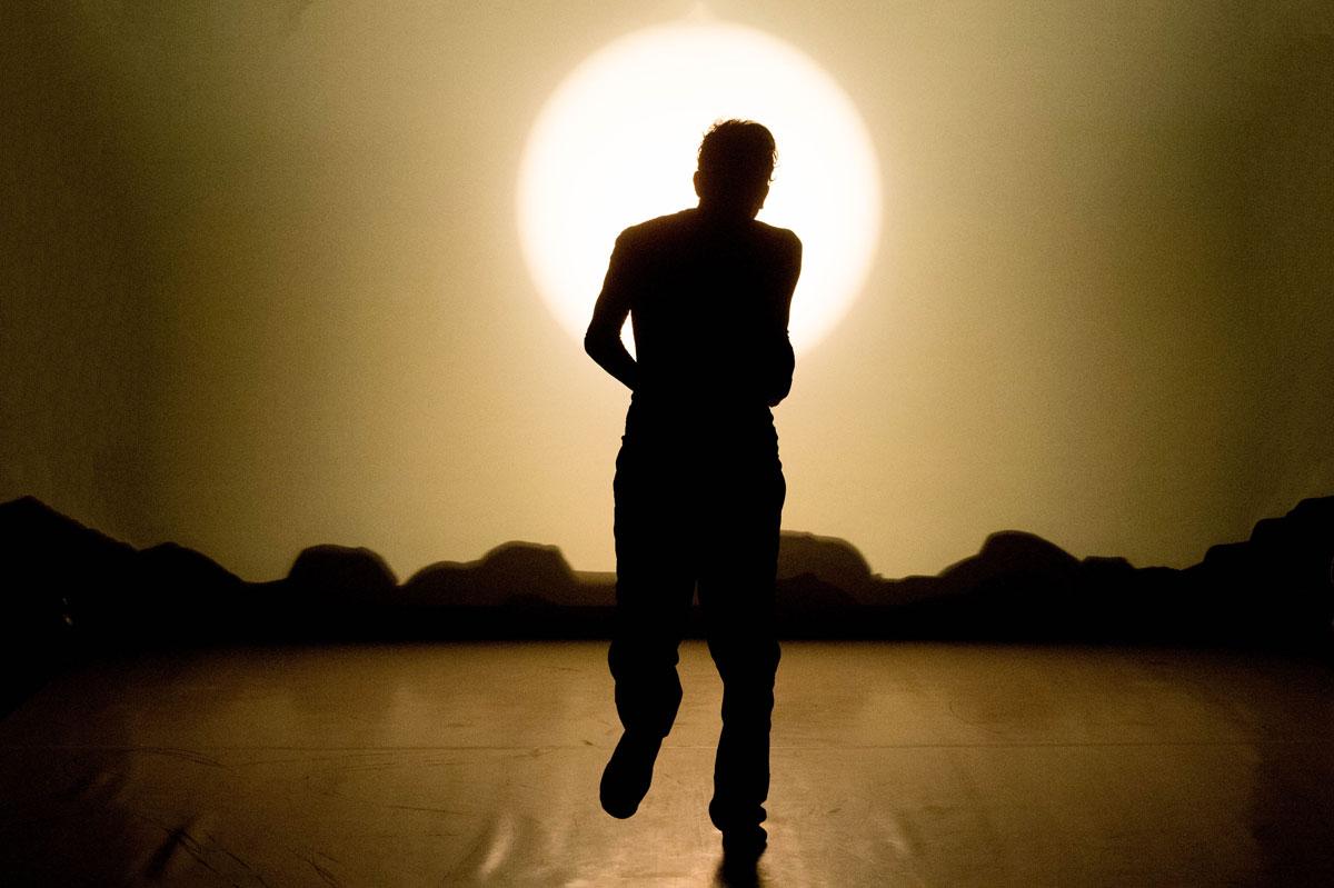 Lorenzo Gleijeses in Una giornata qualunque del danzatore Gregorio Samsa