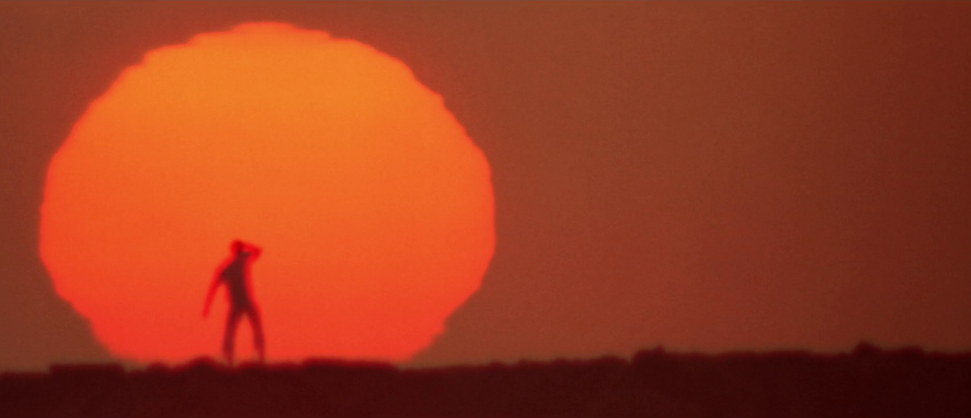THX-1138-sunset-uomo-che-fuggì-dal-futuro